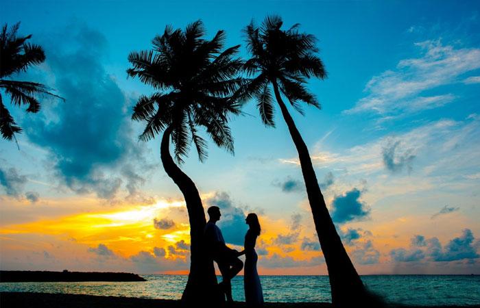 Đà Nẵng là tỉnh thành du lịch hấp dẫn có rộng rãi địa điểm đẹp bao gồm cả biển và núi